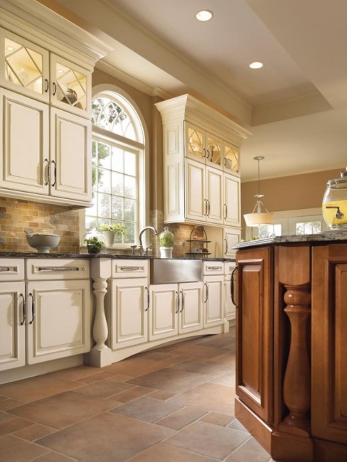 Kitchen cabinet styles south florida for Different kitchen design ideas