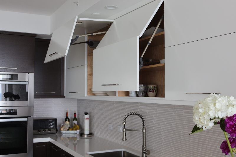 Review Custom Kitchen Cabinets Made in South Florida