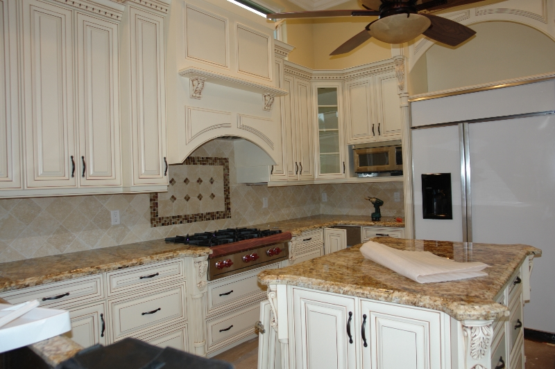 Quality kitchen cabinets alliance cabinets millwork for Best quality kitchen units