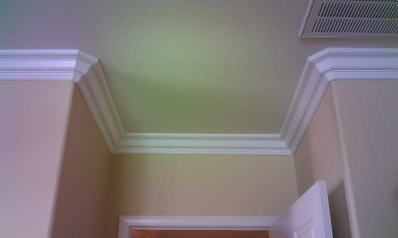 Ft lauderdale crown molding installers alliance woodworking for Crown molding installation kitchen cabinets