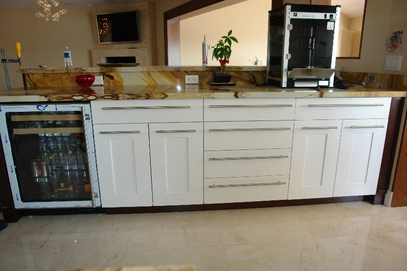 Cheap Kitchen Cabinets In Coral Springs, FL. Modern Shaker Style ...